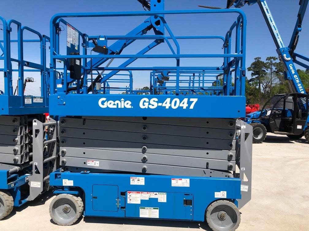 xe nâng Genie GS 4047